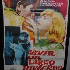 Cine: CARTEL DE CINE ORIGINAL DE LA PELÍCULA VIVIR UN LARGO INVIERNO, 70 POR 100CM. Lote 41383615