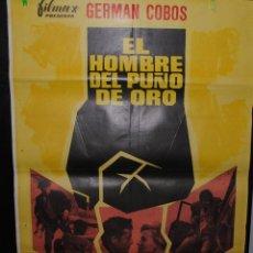 Cine: CARTEL DE CINE ORIGINAL DE LA PELÍCULA EL HOMBRE DEL PUÑO DE ORO, 1968, 70 POR 100CM. Lote 41386927