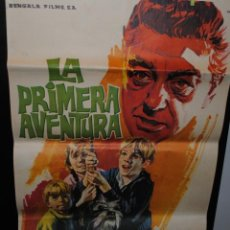 Cine: CARTEL DE CINE ORIGINAL DE LA PELÍCULA LA PRIMERA AVENTURA, 1964, 70 POR 100CM. Lote 41605482