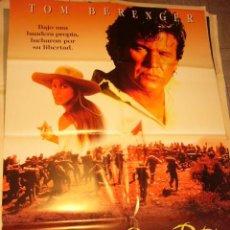 Cinema: CARTEL DE CINE- MOVIE POSTER. HEROES SIN PATRIA. Lote 41714388