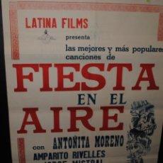 Cine: CARTEL DE CINE LATINA FILMS, FIESTA EN EL AIRE, SEVILLA, 55 POR 70CM. Lote 43588762