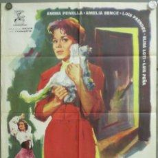 Cine: UM41 DE ESPALDAS A LA PUERTA EMMA PENELLA PRENDES JOSE MARIA FORQUE POSTER ORIGINAL ESTRENO 70X100. Lote 42514609