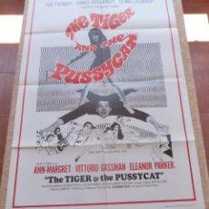 Cine: THE TIGER AND THE PUSSYCAT PÓSTER ORIGINAL DE LA PELÍCULA, ORIGINAL, DOBLADO, AÑO 1967, HECHO EN USA. Lote 44710262