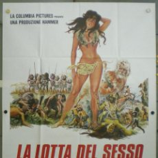 Cine: VA78 CRIATURAS OLVIDADAS DEL MUNDO HAMMER JULIE EDGE POSTER ORIGINAL ITALIANO 140X200. Lote 45311772