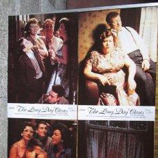 Cine: 8 FOTO CROMOS + CARTEL Z- THE LONG DAY CLOSES - EL LARGO DÍA ACABA LEIGH MC CORMACK, MARJORIE YATES. Lote 45322606