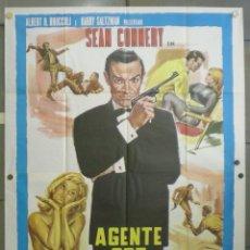 Cine: QN54 JAMES BOND CONTRA GOLDFINGER 007 SEAN CONNERY POSTER ITALIANO 140X200. Lote 45689821
