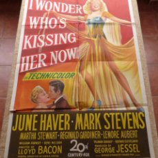 Cine: I WONDER WHO´S KISSING HER NOW PÓSTER ORIGINAL DE LA PELÍCULA, ORIGINAL, DOBLADO, AÑO 1947, U.S.A.. Lote 46053327