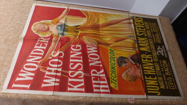 Cine: I Wonder Who´s Kissing Her Now Póster original de la película, Original, Doblado, año 1947, U.S.A. - Foto 2 - 46053327