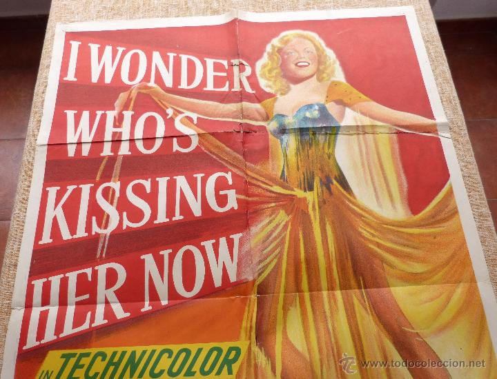 Cine: I Wonder Who´s Kissing Her Now Póster original de la película, Original, Doblado, año 1947, U.S.A. - Foto 3 - 46053327