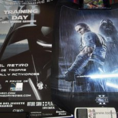 Cine: 2 CARTELES DE STAR WARS: VI TRAINING DAY 68X49 CMS Y THE FORCE UNLEASHED II 59X42 CMS. CON REGALO BE. Lote 46424204