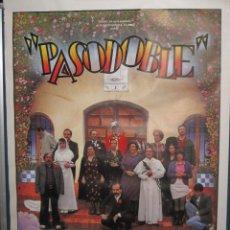 Cine: GRAN CARTEL DE LA PELICULA ESPAÑOLA : PASODOBLE.AÑO 1988. MIDE : 1,37 MTS. X 1,75 MTS.. Lote 47508322