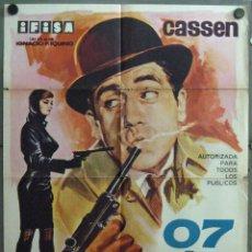 Cine: VT94 07 CON EL 2 DELANTE CASSEN PARODIA JAMES BOND 007 POSTER ORIGINAL 70X100 ESTRENO. Lote 48616500