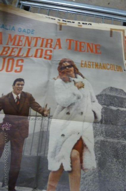 Cine: LA MENTIRA TIENE CABELLOS ROJOS -CON ANALIA GADE Y ARTURO FERNANDEZ cartel de cine - Foto 3 - 53110941