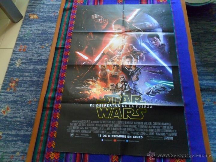 CARTEL PÓSTER EPISODIO VII EL DESPERTAR DE LA FUERZA. 78X52 CMS. STAR WARS. (Cine - Posters y Carteles - Ciencia Ficción)