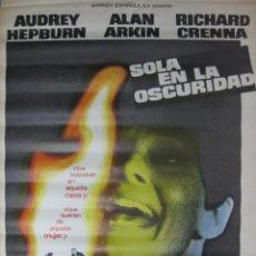 Cine: CARTEL SOLA EN LA OSCURIDAD. Lote 56380786