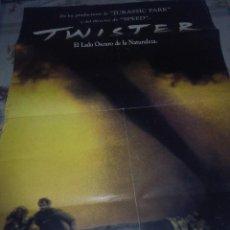 Cine: TWISTER. 98 X 68,5 UN DEFECTO.. Lote 57608452