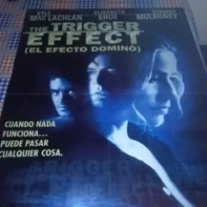 Cine: THE TRIGGER EFFECT. ( EL EFECTO DOMINO ). 97,8 X 68. Lote 57651212