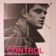 Cinema: CONTROL CARTEL ORIGINAL 68X98 DE LA PELÍCULA SOBRE IAN CURTIS, CANTANTE DE JOY DIVISION. Lote 65248559