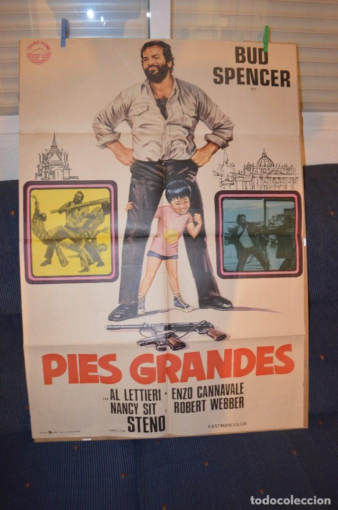 PIES GRANDES BUD SPENCER POSTER (Cine - Posters y Carteles - Comedia)