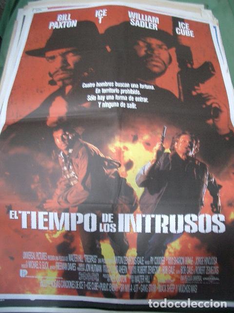 PÓSTER ORIGINAL DE 70X100CM EL TIEMPO DE LOS INTRUSOS (Cine - Posters y Carteles - Acción)