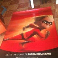 Cine: BANDEROLA GIGANTE DE LOS INCREÍBLES. EN TELA DE PVC LAVABLE. 1'20 X 1,80 METROS.. Lote 26385578