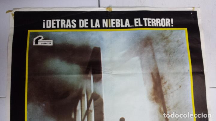 Cine: ANTIGUO Y ORIGINAL CARTEL DE CINE 70 X 100 CM. LA NIEBLA - 1980 - Foto 4 - 67621241