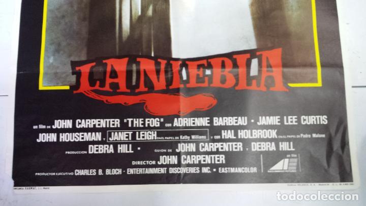 Cine: ANTIGUO Y ORIGINAL CARTEL DE CINE 70 X 100 CM. LA NIEBLA - 1980 - Foto 5 - 67621241