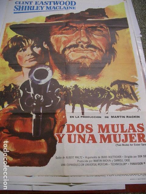 Cine: Poster original de cine 70x100cm Dos mulas y una mujer con Clint Eastwood y Shirley McLane - Foto 4 - 206962608