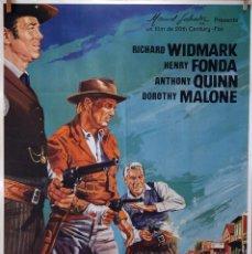 Cine: EL HOMBRE DE LAS PISTOLAS DE ORO. RICHARD WIDMARK-HENRY FONDA-A. QUINN. CARTEL ORIGINAL 1983, 100X70. Lote 74217227
