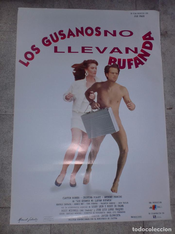 CARTEL ORIGINAL DE CINE. LOS GUSANOS NO LLEVAN BUFANDA. 95 X 67 CM (Cine - Posters y Carteles - Comedia)