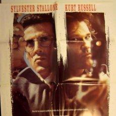 Cine: TANGO Y CASH (1989) DE ANDREI KONCHALOVSKY CON KURT RUSSELL, SYLVESTER STALLONE CARTEL POSTER. Lote 146914256
