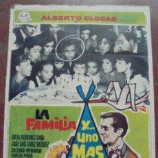 Cine: CARTEL DE CINE ORIGINAL. LA FAMILIA Y... UNO MÁS. 1965. 100 X 70 CM. Lote 80569426