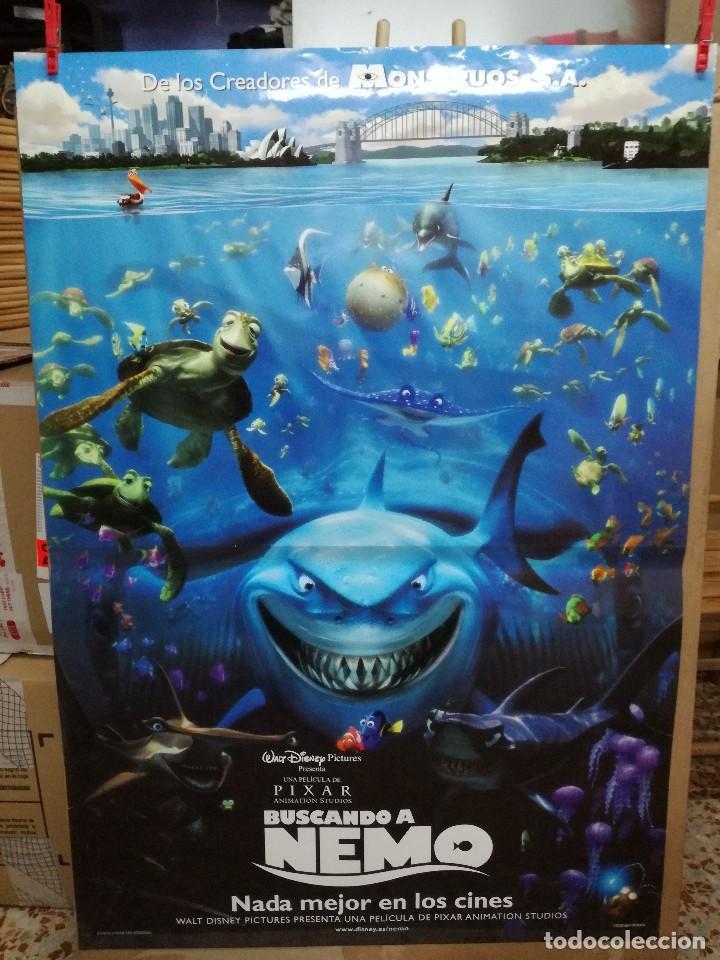 BUSCANDO A NEMO - APROX 70X100 CARTEL ORIGINAL (Cine - Posters y Carteles - Infantil)