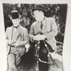 Cine: PÓSTER-FOTOGRAFÍA DE LA PELÍCULA BONNIE SCOTLAND (LOS FUSILEROS SIN BALAS, 1935) METRO-GOLDWYN-MAYER. Lote 89100596