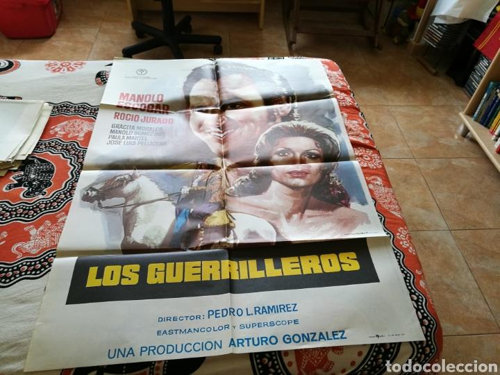 CARTEL GRANDE ORIGINAL DE CINE DE LA PELÍCULA LOS GUERRILLEROS. MANOLO ESCOBAR Y ROCÍO JURADO. 1977 (Cine - Posters y Carteles - Clasico Español)