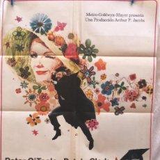 Cine: CARTEL DE CINE DEL ESTRENO DE LA PELÍCULA ADIÓS, MR. CHIPS (1969). Lote 95019959