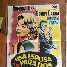 Cine: 7A UNA ESPOSA PARA DOS CARTEL GRANDE. Lote 95683939