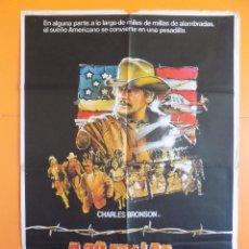 Cine: CARTEL , POSTER CINE - A 20 MILLAS DE LA JUSTICIA - AÑO 1983 .. R-6974. Lote 96001231