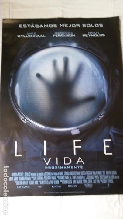 PÓSTER ORIGINAL LIFE (Cine - Posters y Carteles - Suspense)