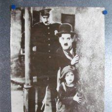 Cine: POSTER CHARLES CHAPLIN CHARLOT, ESCENA LA QUIMERA DEL ORO. AÑO 1984. PRINTED EN SUIZA. Lote 97761595