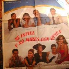 Cine: CARTELERA DE CINE EN SUBASTPARTIR 1€ SE INFIELY NO MIRES CON KIEN Y MEDIDAS DE 7X100. Lote 97764075
