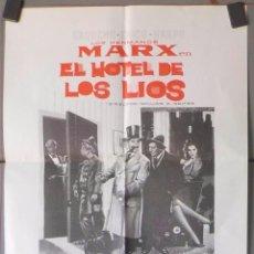 Cine: (N50) EL HOTEL DE LOS LIOS, HERMANOS MARX, CARTEL DE CINE ORIGINAL 39X30 CM APROX. Lote 243011860