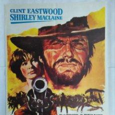 Cine: CARTEL CINE, DOS MULAS Y UNA MUJER - CLINT EASTWOOD - SHIRLEY MACLAINE, C134. Lote 108780503