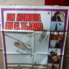 Cine: UN HOMBRE EN EL TEJADO POSTER ORIGINAL 70X100 YY(1755). Lote 109446082