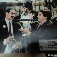Cine: CARTELERA HERMANOS MARX UNA NOCHE EN LA ÓPERA. Lote 110269123