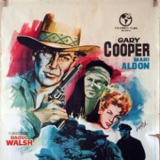 Cine: TAMBORES LEJANOS. GARY COOPER-RAOUL WALSH. CARTEL ORIGINAL 1964. 70X100. Lote 110769419