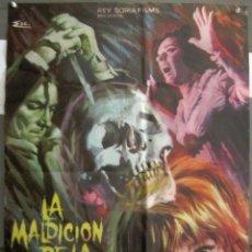 Cine: YI62 LA MALDICION DE LA CALAVERA PETER CUSHING CHRISTOPHER LEE POSTER ORIGINAL 70X100 ESTRENO. Lote 115003363