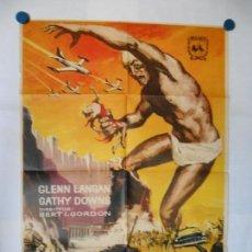 Cine - EL GIGANTE ATACA - 1963 - CARTEL ORIGINAL - 70 X 100 - 116998707