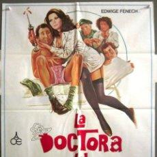 Cine: QS82 LA DOCTORA DEL REGIMIENTO EDWIGE FENECH POSTER ORIGINAL 70X100 ESTRENO. Lote 117133619