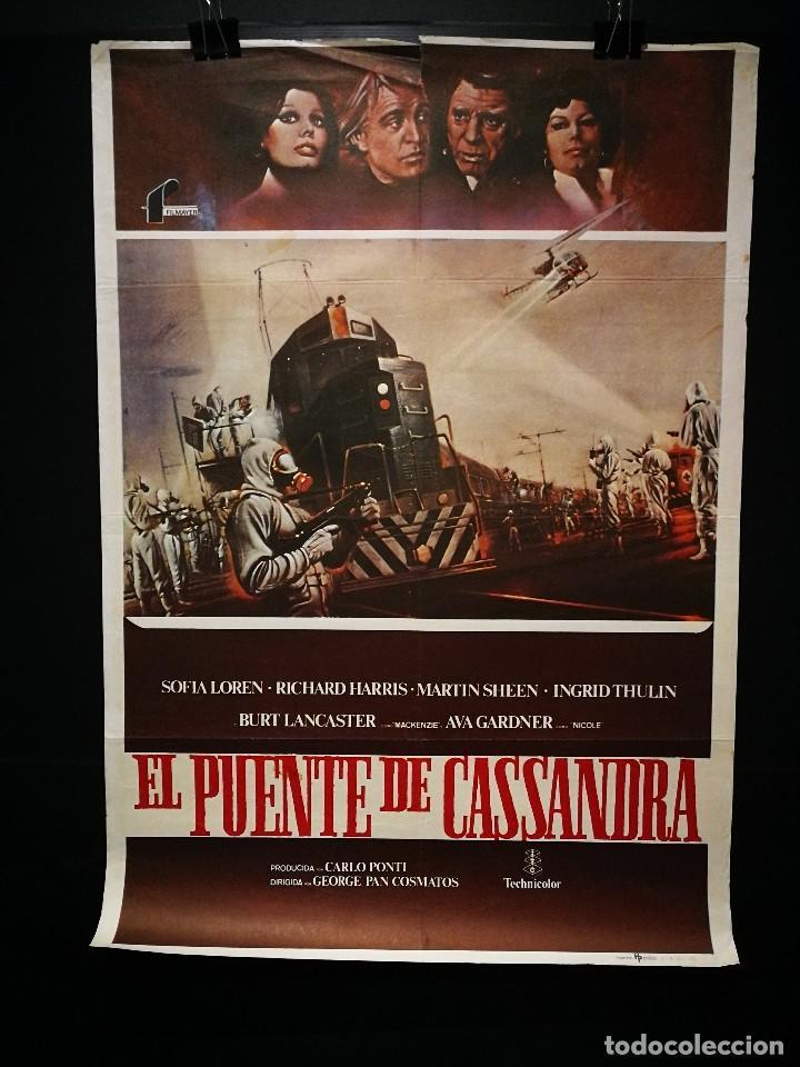 ORIGINAL POSTER CARTEL DE CINE EL PUENTE DE CASSANDRA 70 X 100 (Cine - Posters y Carteles - Bélicas)